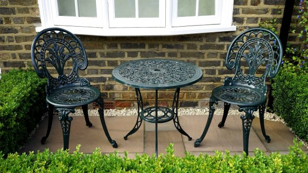 A Guide To The Various Types Of Patio Paving Slabs