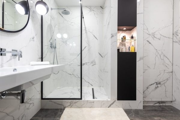The Different Shower Enclosures You Can Get For Your Bathroom